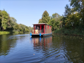 HOUSEBOAT ECO-WOOD 18 M2 / 2 PERS. (1+1)