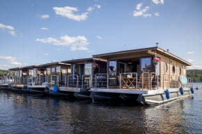 HOUSEBOAT ECO-WOOD 36 M2 / 6 PERS. (4+2)